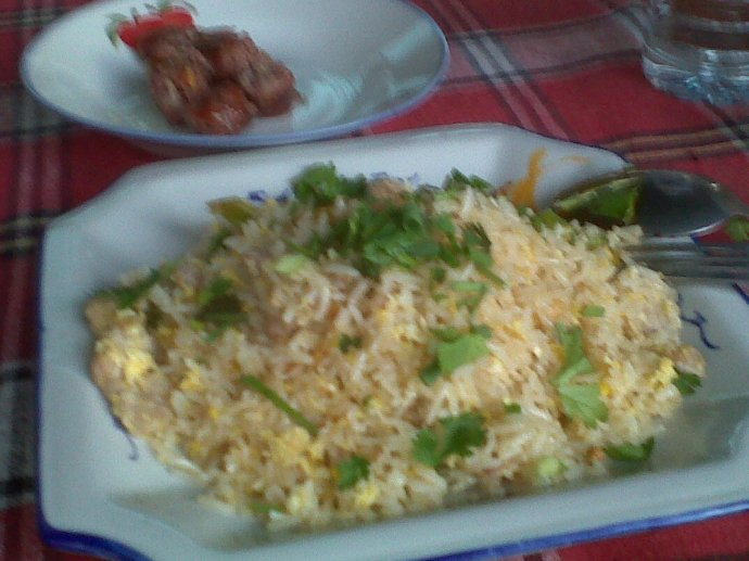 Fried rice --- it outranks fried noodles as the tourist comfort food.